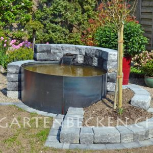 Wassertrog stahlbrunnen metallbrunnen brunnen for Stahlbecken rund